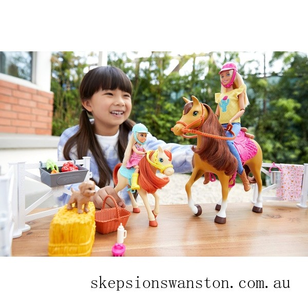 Clearance Barbie Hugs 'n' Horses