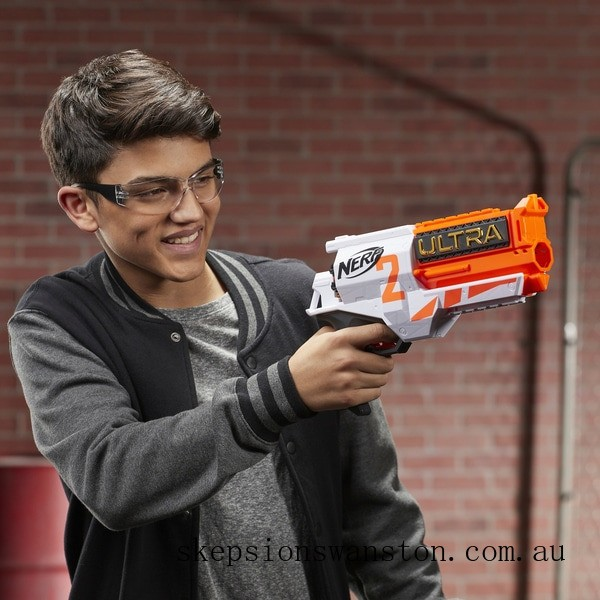 Clearance NERF Ultra Two Motorised Blaster